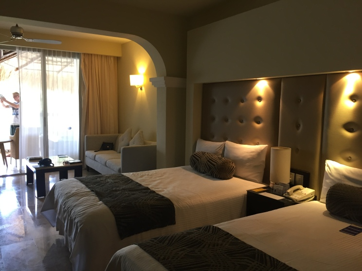 Accommodations, Platinum Suite Grand Sunset Princess